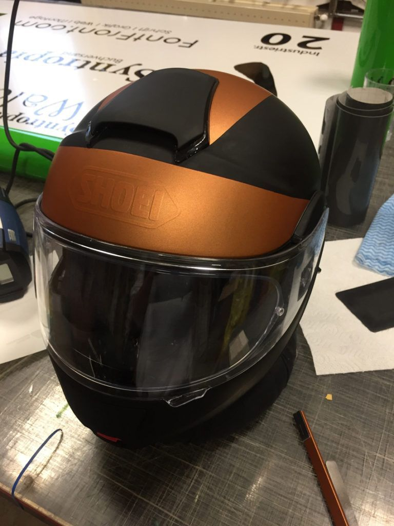 BMW_Folierung_wrapping_Motrorrad_Helm_iRace_fontfront_rossdorf_1540